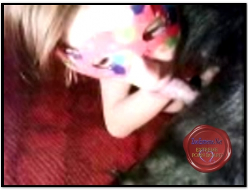 Amateur ZooSex — Fancy Mask And Dog