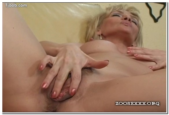 Jennifer Toth - Pussy Play 2