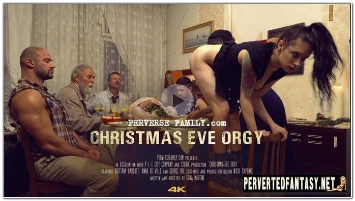 PerverseFamily.Com - Christmas Eve Orgy