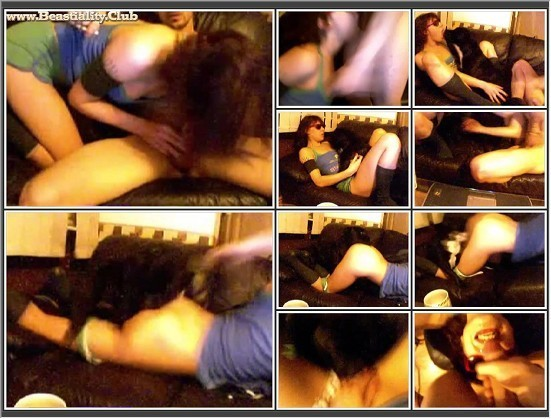 003 Bestiality Lovers - Amateur Couple On Webcam Fuck With Dog