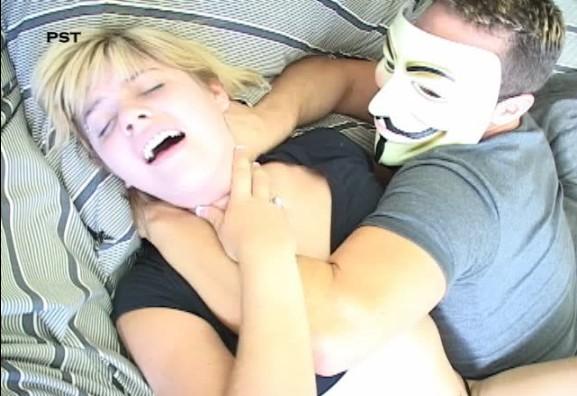 114 - Masked Killer Strangles Two Girls