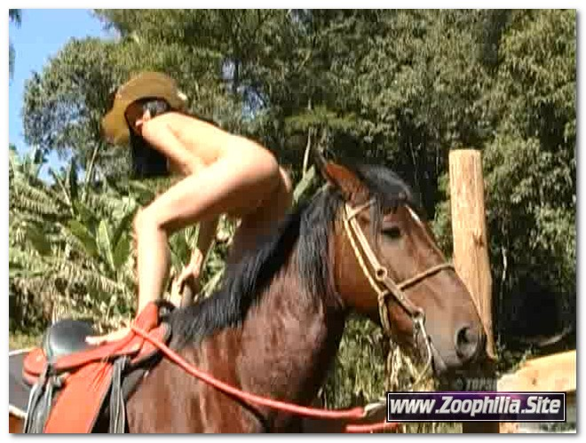 Topscore – Horse with huge cock fucking girls